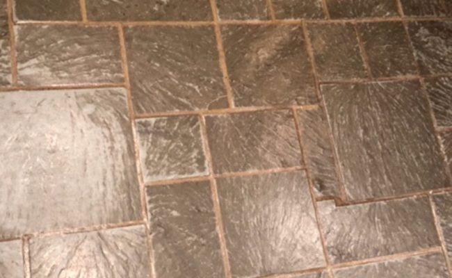 Slate Dirty Grout Lines